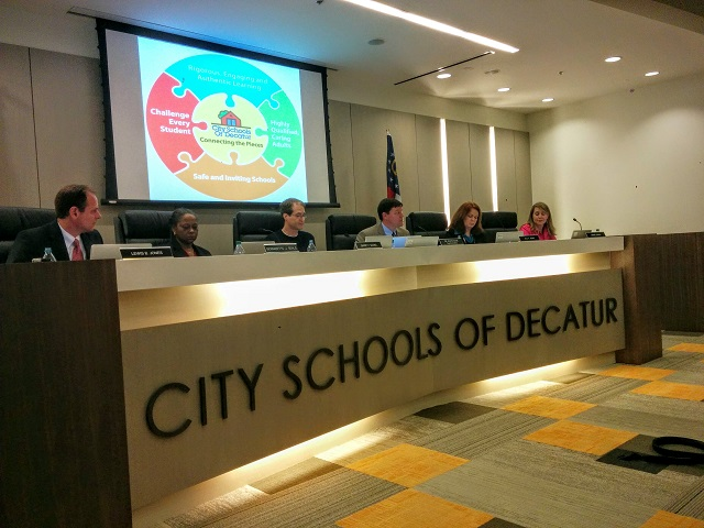 The Decatur School Board meets on Nov. 10, 2015. Photo by Dan Whisenhunt