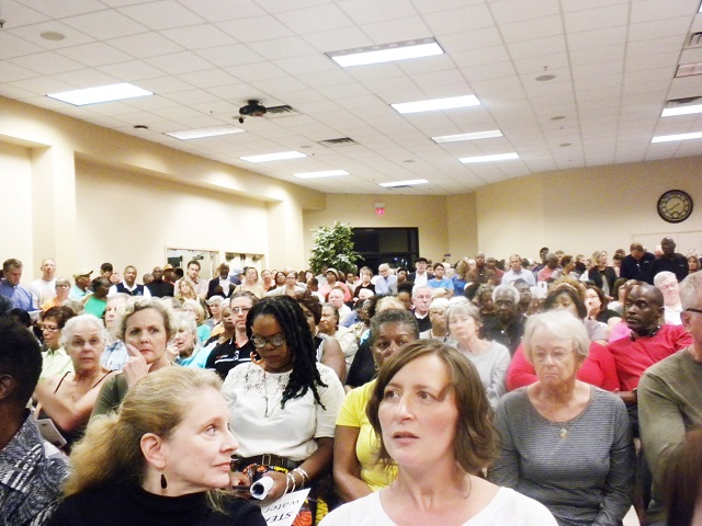 Frustrated DeKalb County residents listen during a town hall meeting on Oct. 6. Photo by Duo-Wei Yang